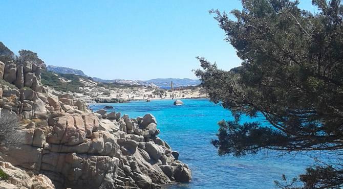 Gommoni a noleggio per le escursioni nell'arcipelago di La Maddalena