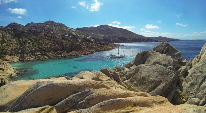 Isola di Caprera, spiaggia Cala Coticcio, nord Sardegna