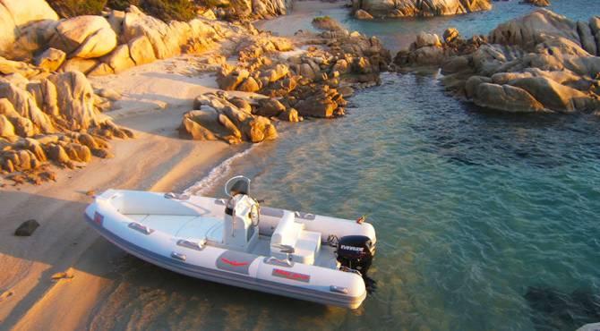 Gommoni a noleggio senza patente - La Maddalena, nord Sardegna